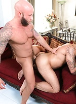 Drake fucks muscle man Alessio in Bad Habits